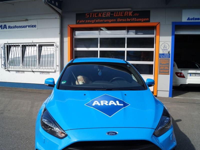Motorhaube mit Schriftzug nach Folierung von Ford Focus RS Ultimate