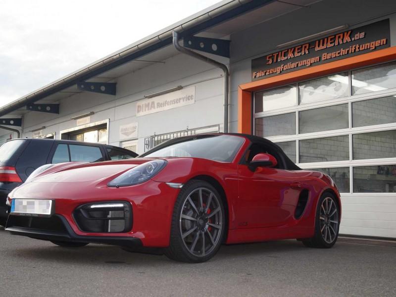 Porsche-GTS-Lackschutz-Folierung-Sticker-Werk-DSC00805