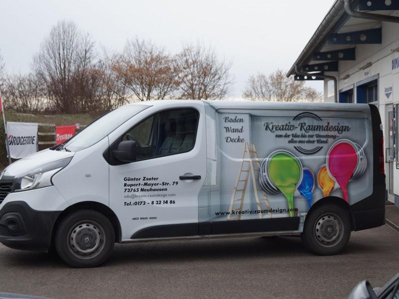 Fahrzeug-Folierung Renault Trafic mit Digitaldruck für Pforzheim und Ulm