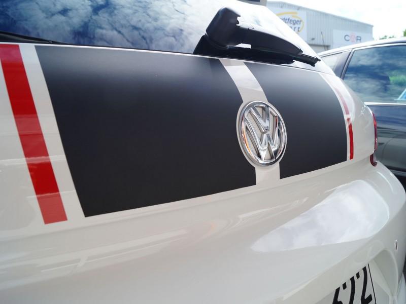 Heckansicht Scirocco GTS nach Teilfolierung mit Rallystreifen